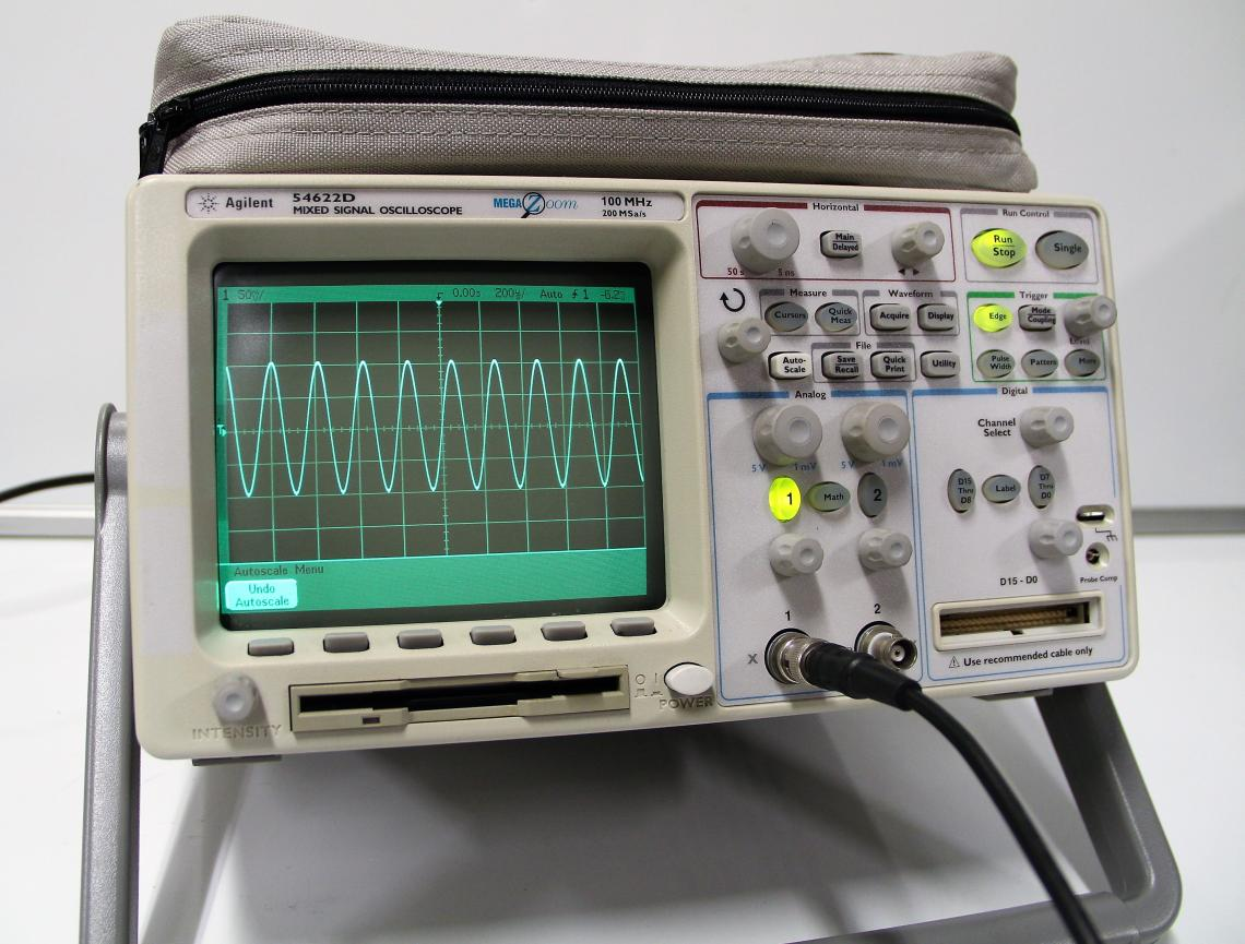 Agilent 54622D 2 16 Channel 100MHz 200MSa S Mixed Signal Oscilloscope